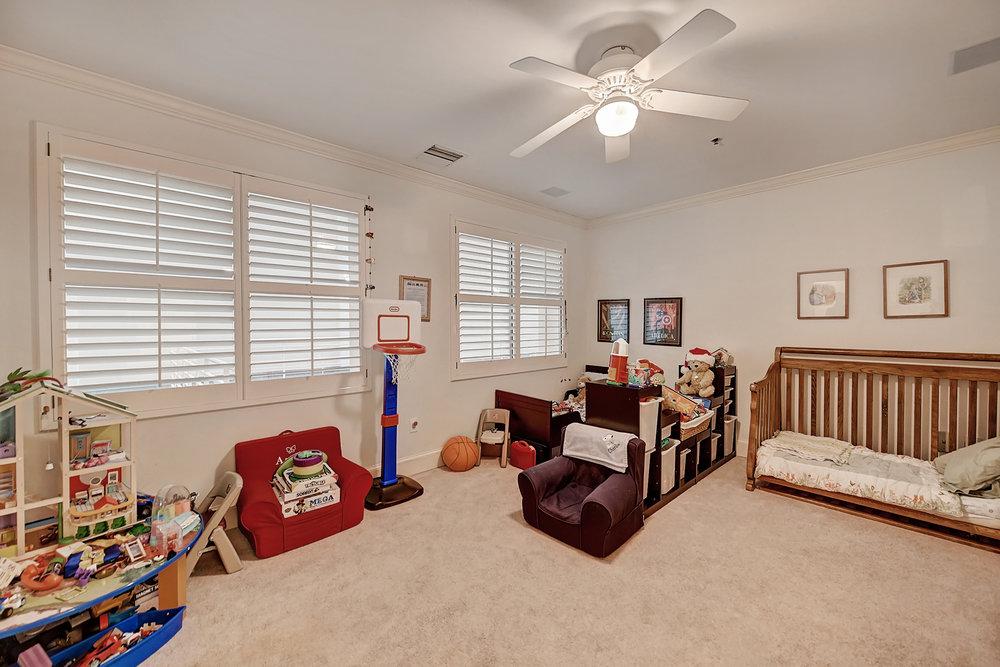 Iveys Bedroom 2.jpg