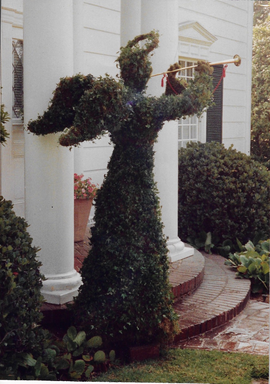Topiary Angel.jpeg