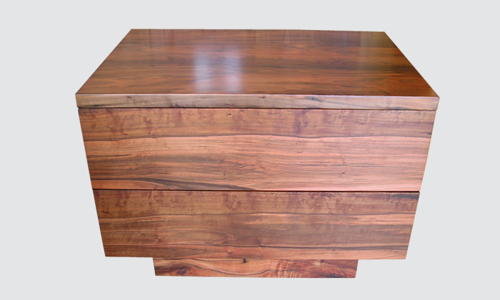 redheart-totara-bedside-tables.png