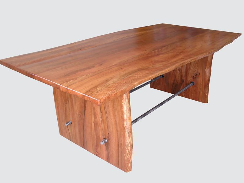 Pohutukawa-Dining-Table-Alldred-001.png