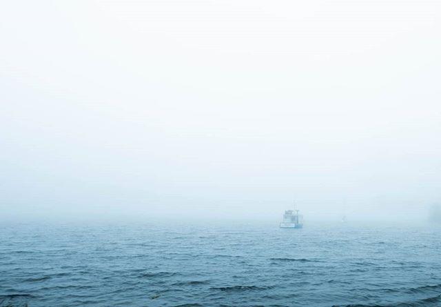 Reminiscing to foggy mornings with boats off in the distance 💙⚓ • • #peggyscove #novascotia #fujifilmgfx #fujifilm #mediumformat #explorecanada #eastcoast #landscapephotography #fog #summer #fineartphotography #fineartphotographer #ottawaphotographer #greaterthangatsby