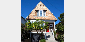 736-46th Street - Oakland, CA3 BR, 2 BA SFR (Queen Anne)Offered at $459,000