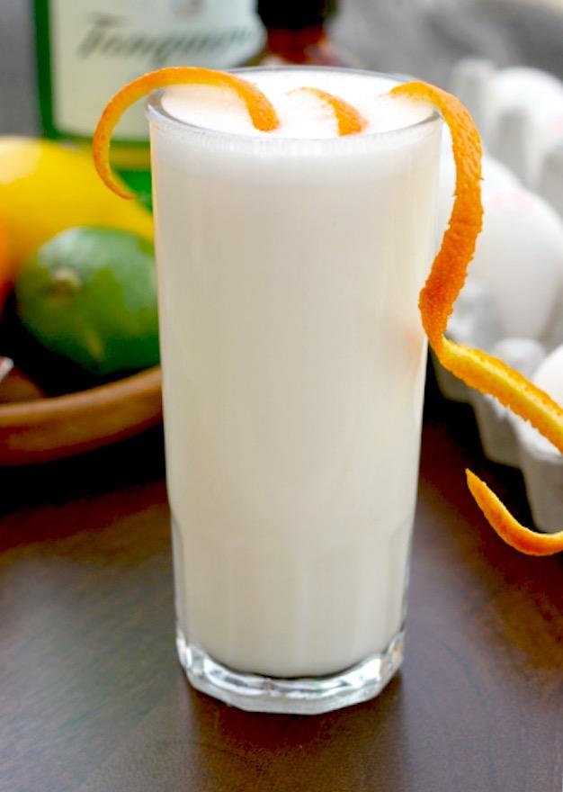 Milkshake? No, a Ramos Gin Fizz - Next Week on Chrystal.eu