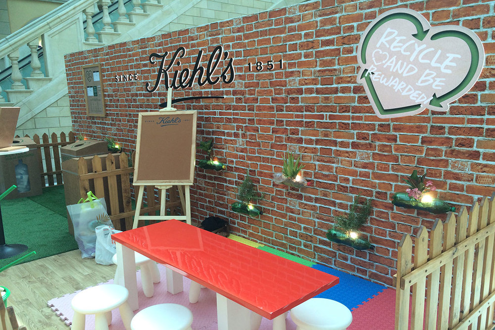 Kiehl's Stand & back wall copy.jpg