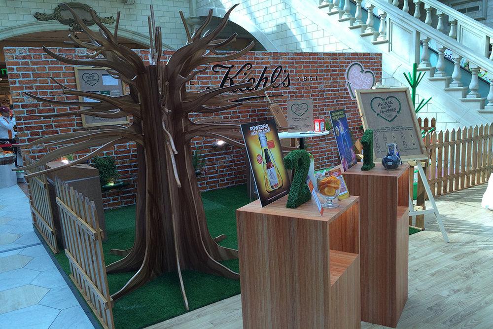 Kiehl's Stand, Mercato Mall, Dubai copy.jpg