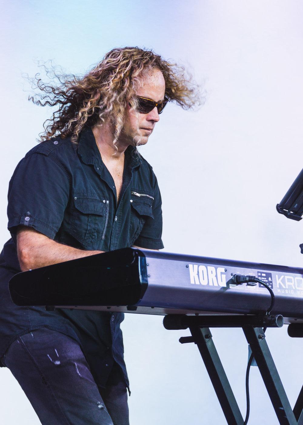Cary Keyz - Keyboards