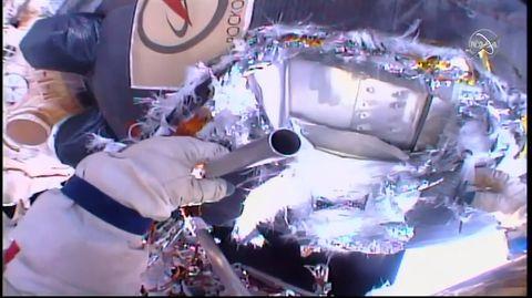 spacewalk-1544563582.jpg
