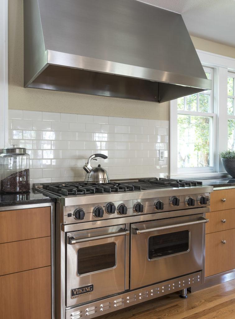 Kitchen-Range-Detail-1-756x1024.jpg