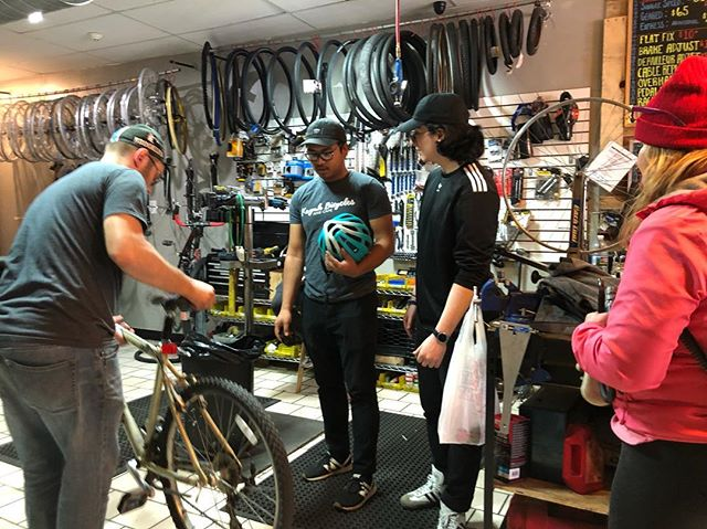 """@henrypsam is all about going above and beyond. 8am early workshop training session on """"best practices """" and the essential: """"Kayuh Experience"""" with new recruits @blcaplan @denisgaisinsky . . #KayuhMade #KayuhCafe #KayuhBicycles #KayuhCrew"""