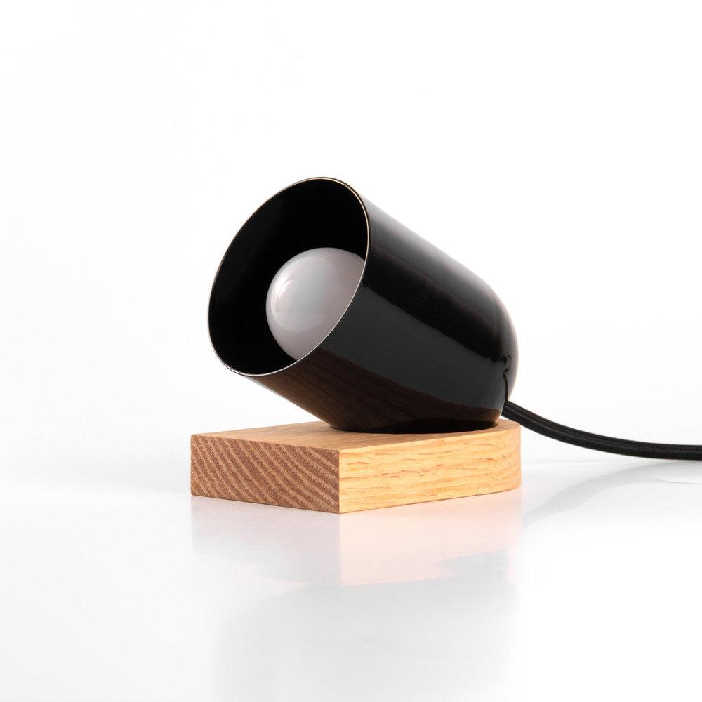 CTR-03 - Lámpara de Mesa