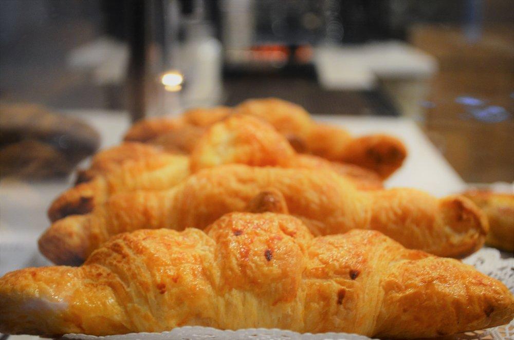 Food Detail - Croissant.JPG