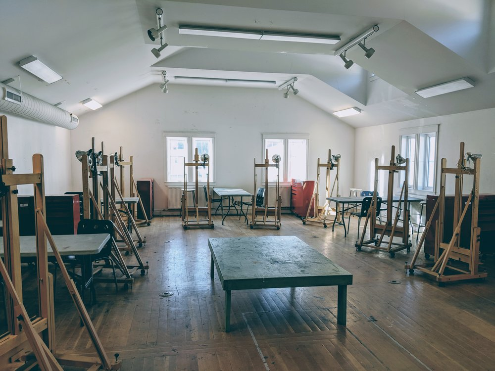 STUDIO COURSES - Studio courses meet twice a week for three-hour classes and include mid-year and year-end exhibition assignments.Each student is assigned an area in the 2D studio and provided with a stool, easel and tool chest.