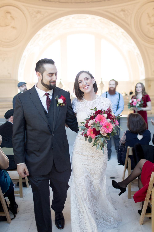 Renee&Jake_WeddingPreviews-004.jpg