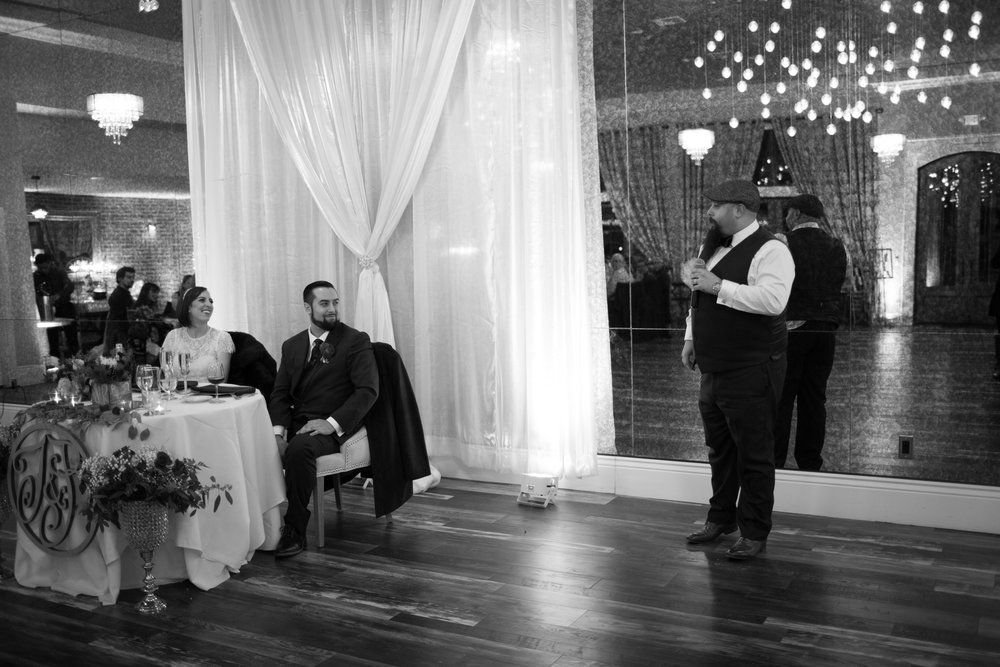 Renee&Jake_WeddingPreviews-012.jpg