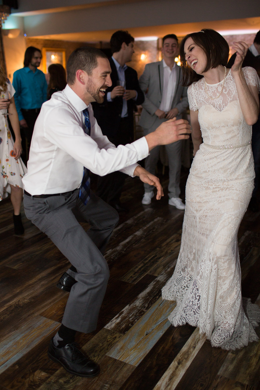 Renee&Jake_WeddingPreviews-020.jpg