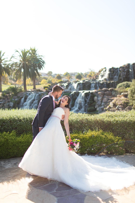 Dana&Mike_WeddingPreviews-005.jpg
