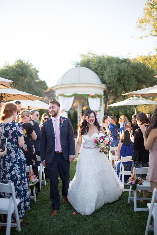 Dana&Mike_WeddingPreviews-018.jpg
