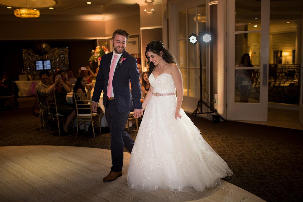 Dana&Mike_WeddingPreviews-021.jpg