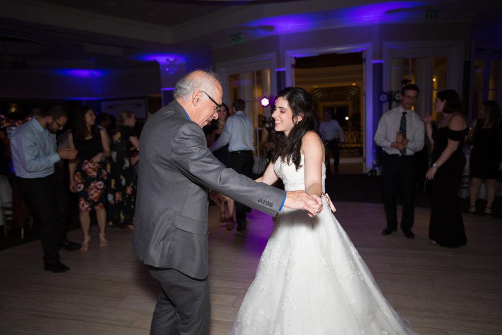 Dana&Mike_WeddingPreviews-033.jpg