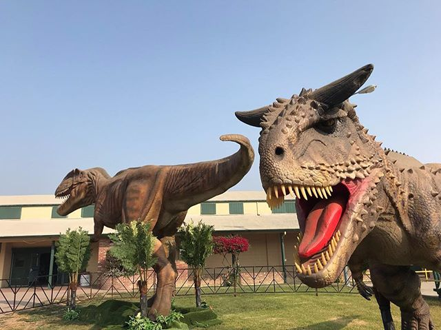 We have been receiving a lot of questions regarding the air quality. Around 75% of the event is indoors. Outside there are the enormous large dinosaurs, the large photo op dinosaurs (slightly smaller version inside), and a few bounce houses (also more inside).⠀ ⠀ Jurassic Quest has been the largest and most realistic dinosaur event in North America since 2013 and is now even bigger!⠀ ⠀ The exhibit features:⠀ – Science stations⠀ – Incredibly realistic, interactive baby dinosaurs and walking dinosaurs exclusive to Jurassic Quest⠀ – Cinema, dinosaur bounce houses, and bungee pulls⠀ – Crafts, face painting, green screen photography, and dinosaur jeopardy⠀ – & much more! We hope to see you soon!