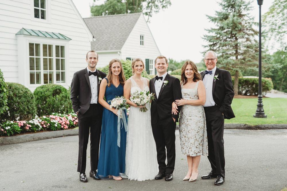 family photos ct wedding.jpg
