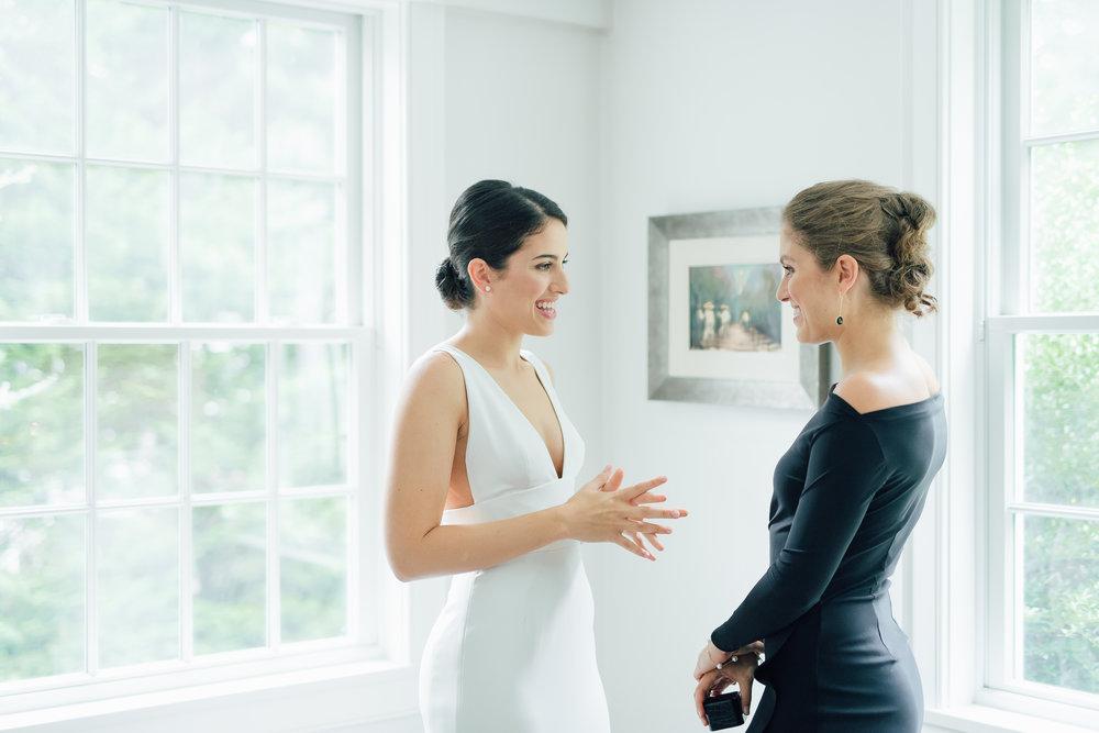 bride and sister_westport wedding photographer