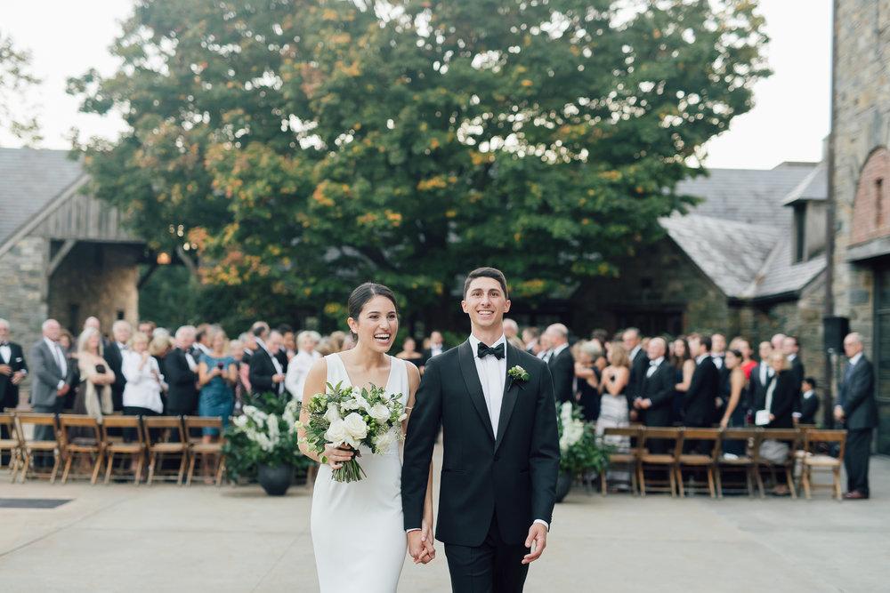 blue hill at stone barn wedding ceremony_blue hill wedding NY