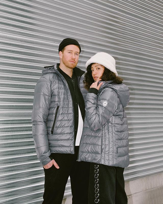 *GIVEAWAY ALERT* Wanna match with us? I know u have fomo. Luckily, I teamed up with Canadian outerwear brand @quartzco to give away a super warm, super lightweight, super ethical down jacket. • ⬇️ Here's how to enter ⬇️ 1) Follow me 2) Follow @quartzco 3) Tag a friend in the comments (multiple entries tagging different people are allowed!) • Contest open to Canadian residents only and closes in 7 days. I'll pick and DM a winner by the end of next week. Good luck ;) #ad