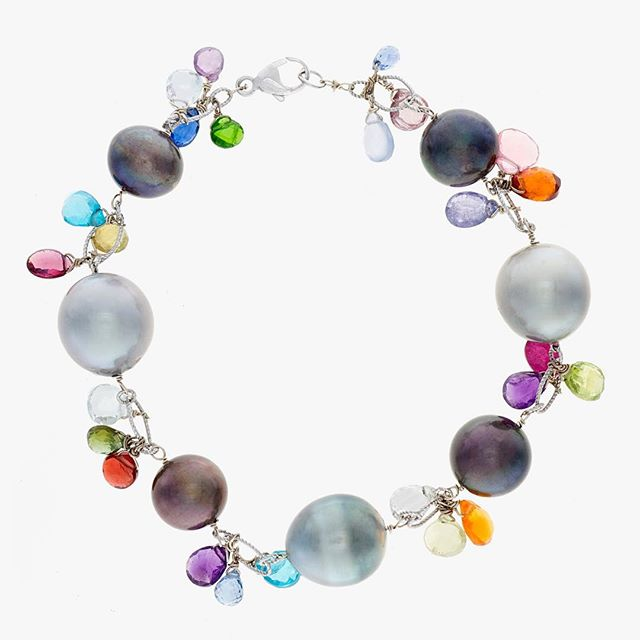 Inspired by #Florence colors. #jewelrydesigner #gemstones #diamonds #opals #colorful #italy #handmade #oneofakind #ootd