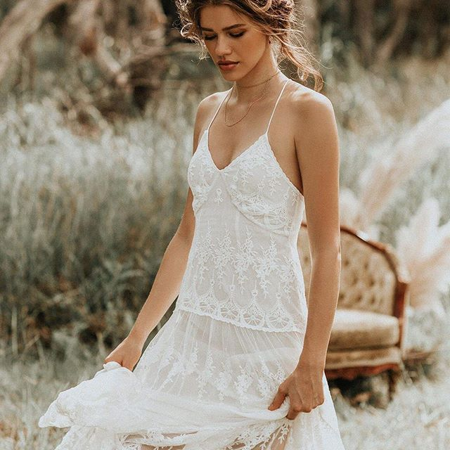 This is the most #romantic boho wedding dress that every #bride will want! #celladesigns #inspiration #bridaljewelry #madeinla #oneofakind