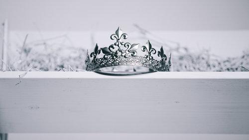 crystal-tiara.jpg