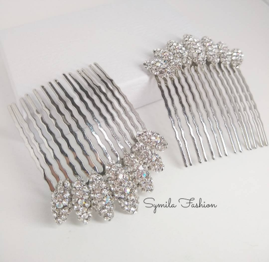 Crystal bridal hair comb.