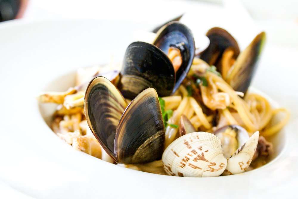 mussels-clams-linguini