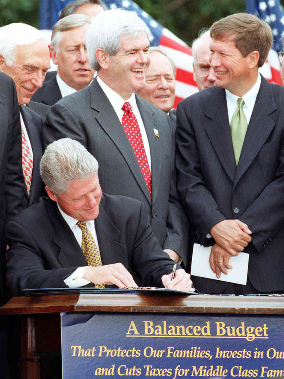 Two years later, Gov. Kasich's decade of work paid off as President Clinton signed the Balanced Budget Act of 1997 - the first time the federal budget had been balanced since man walked on the moon.