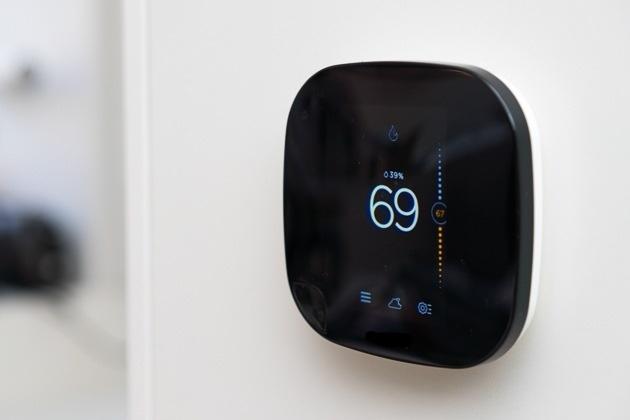 ecobee - Inkedsmart-thermostat-2379-ecobee-3-630_LI.jpg