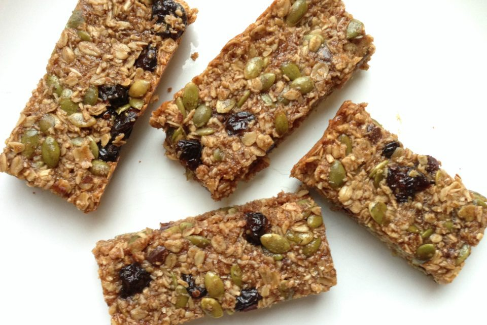 Easy Chewy Granola Bars