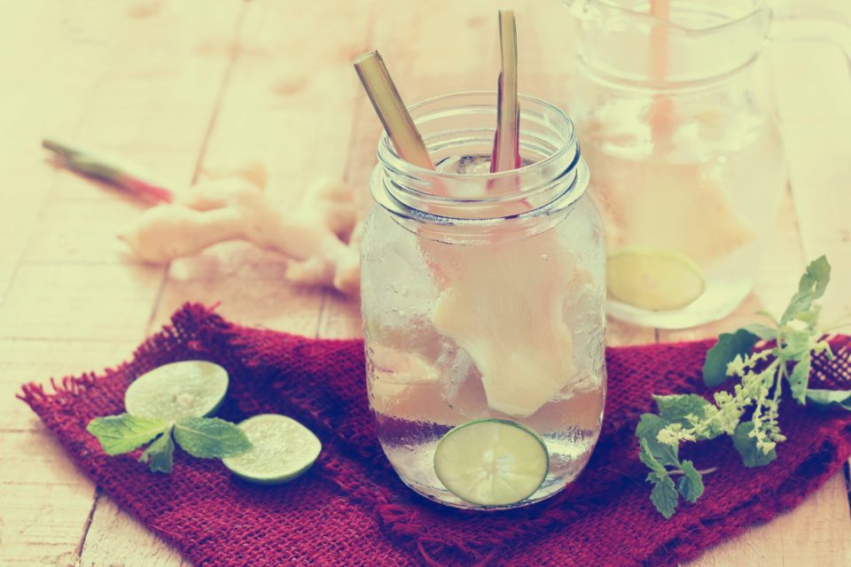 Lemon-water-960x640.jpg
