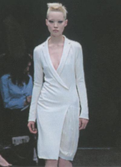 Richard Tyler, 2001