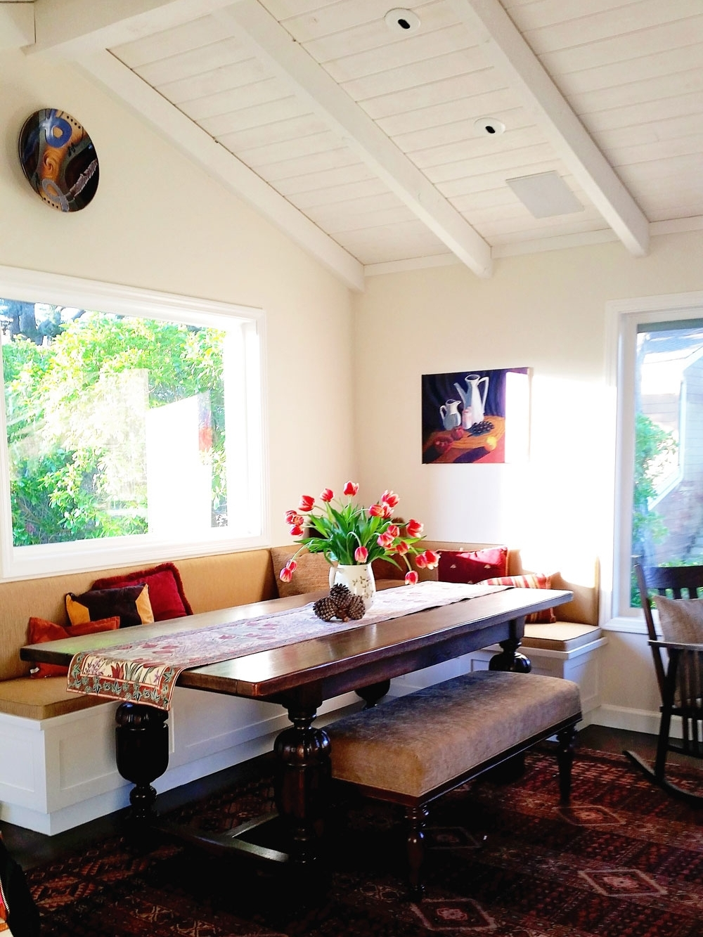 4-vaulted-breakfast-nook-beamed-dee-carawan-ceiling.jpg