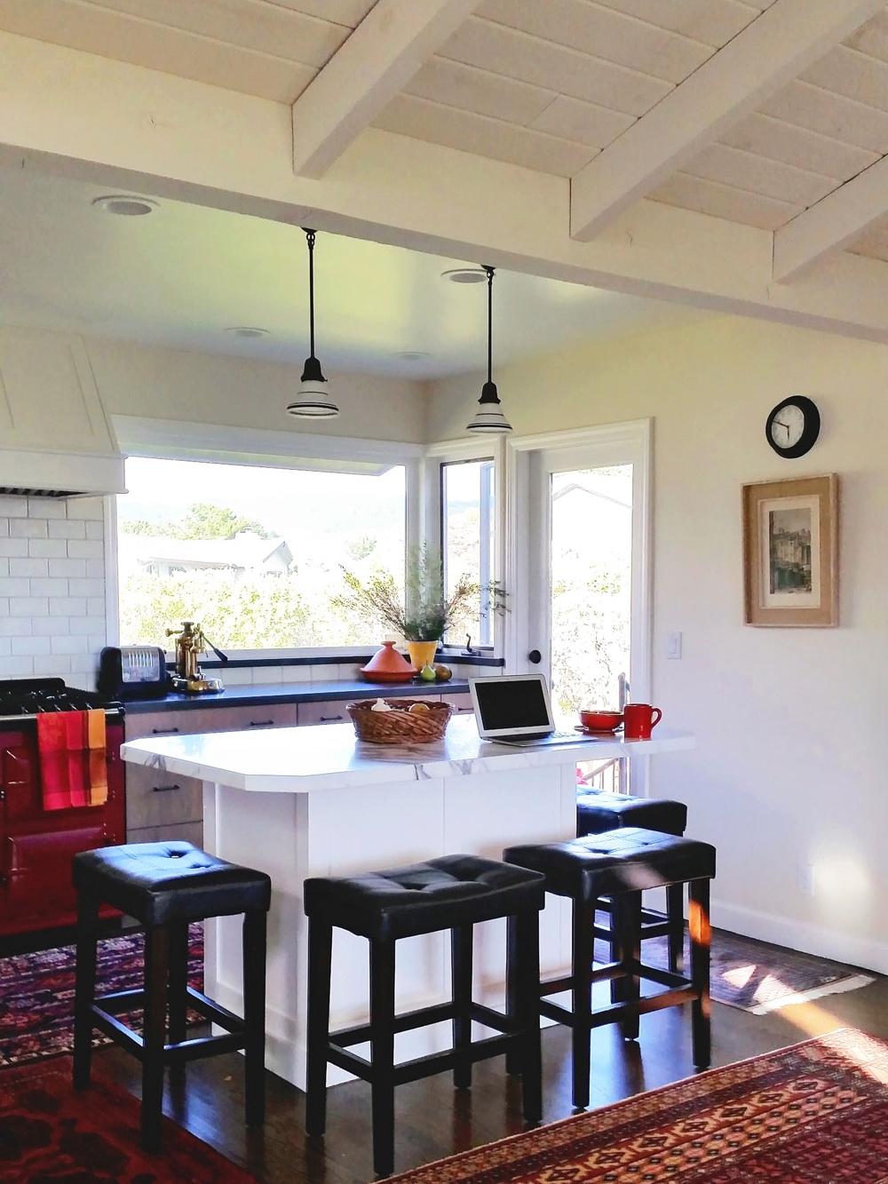 3-vaulted-island-ceiling-beamed-dee-carawan-kitchen.jpg