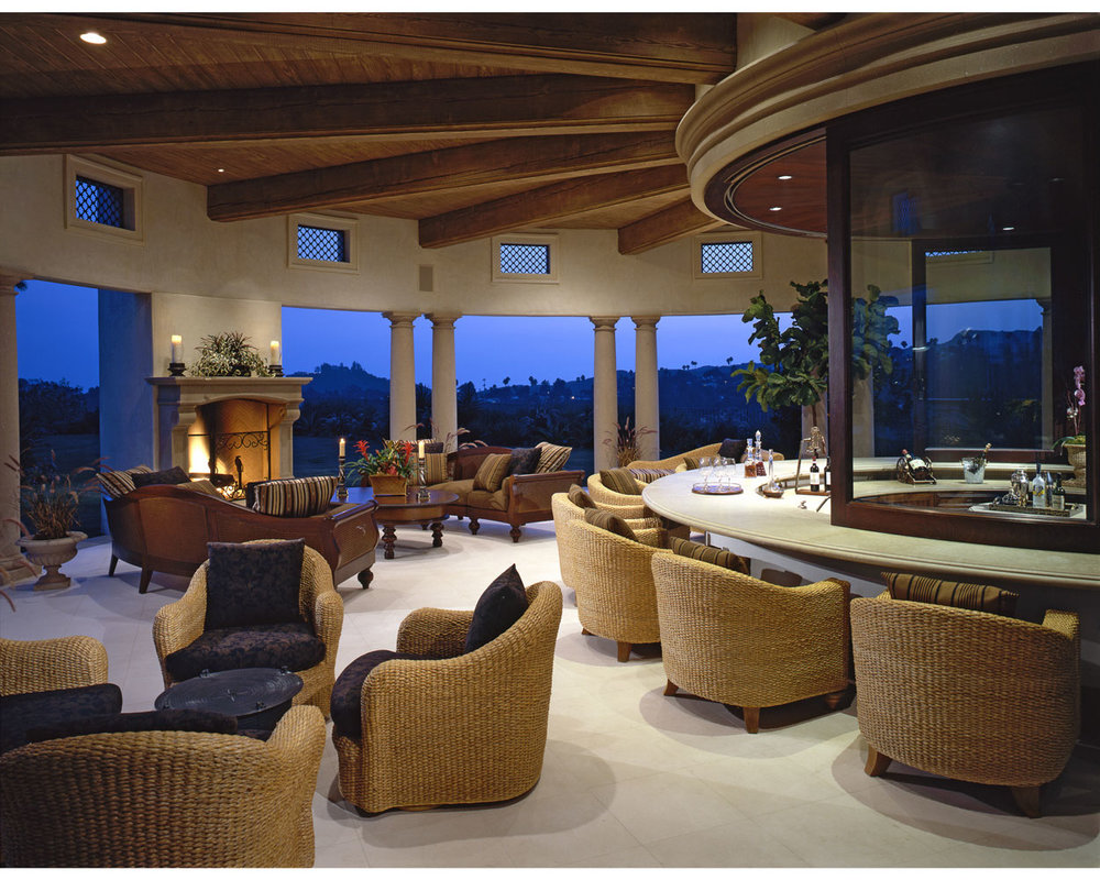 7-Dee-Carawan-backyard-exterior-bar-luxury.jpg