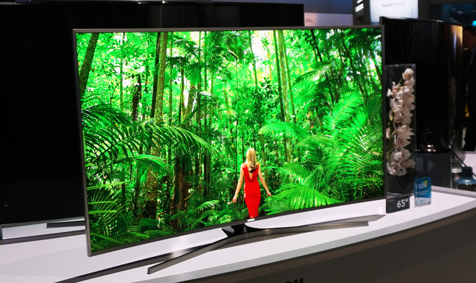Samsung JS9500 SUHD Quantum Dot TV at CES 2015 Credit: Reviewed.com