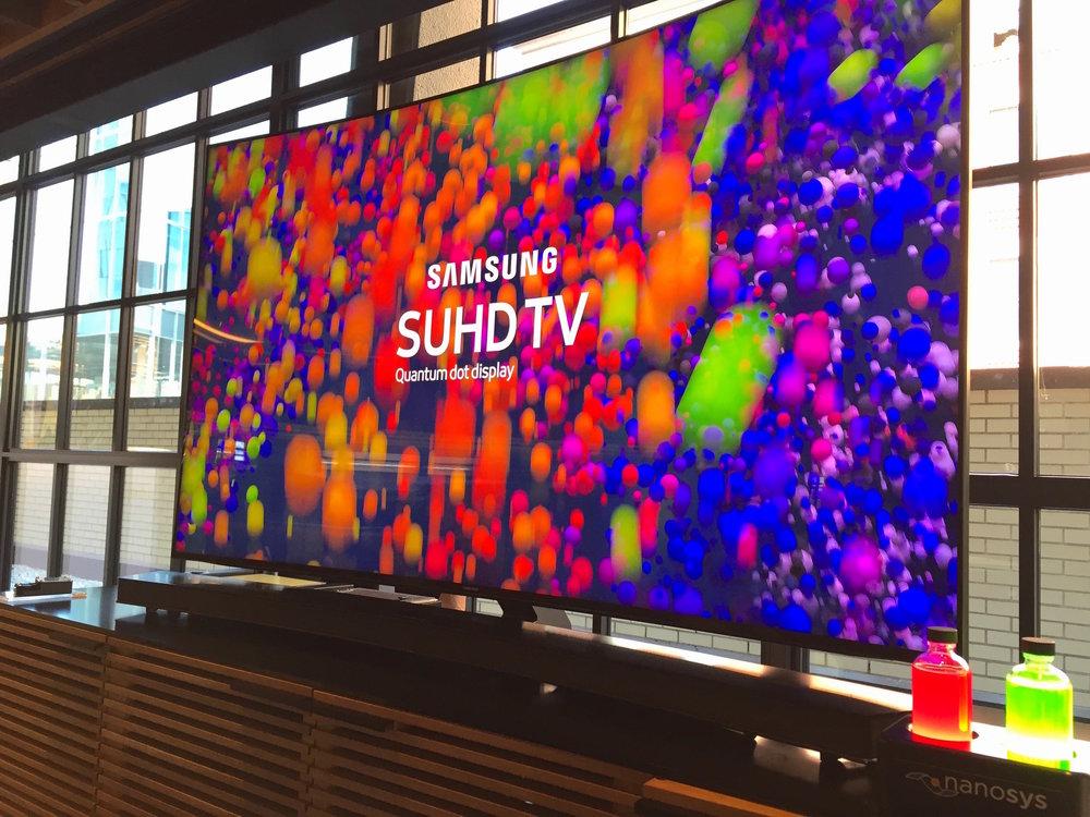 Samsung- QD Vial display.JPG