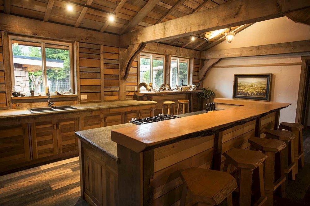 lofthouse-kitchen-b.1400x0.jpg