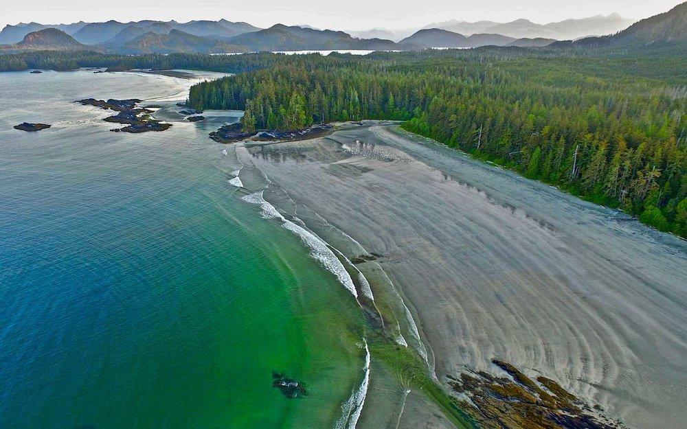 kapoose-creek-retreat-beach-b.1400x0.jpg