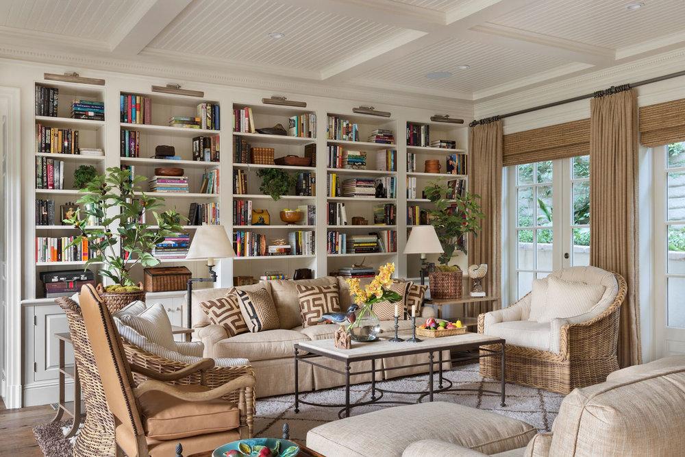 4-katz-living-room-built-in-traditional.jpg