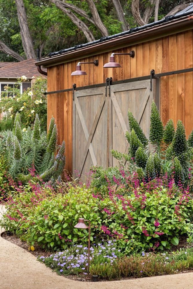 3b-lewis-garage-barn-door.jpg