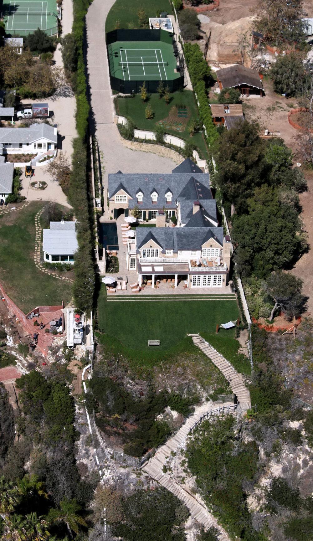 malibu-residence-hillside-build-aerial.jpg