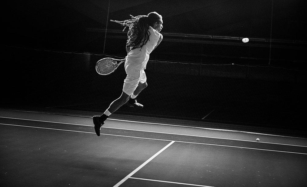 4_BOLD_G-SHOCK_Dustin_Brown_Tennishalle_1810_RZ1_web.jpg