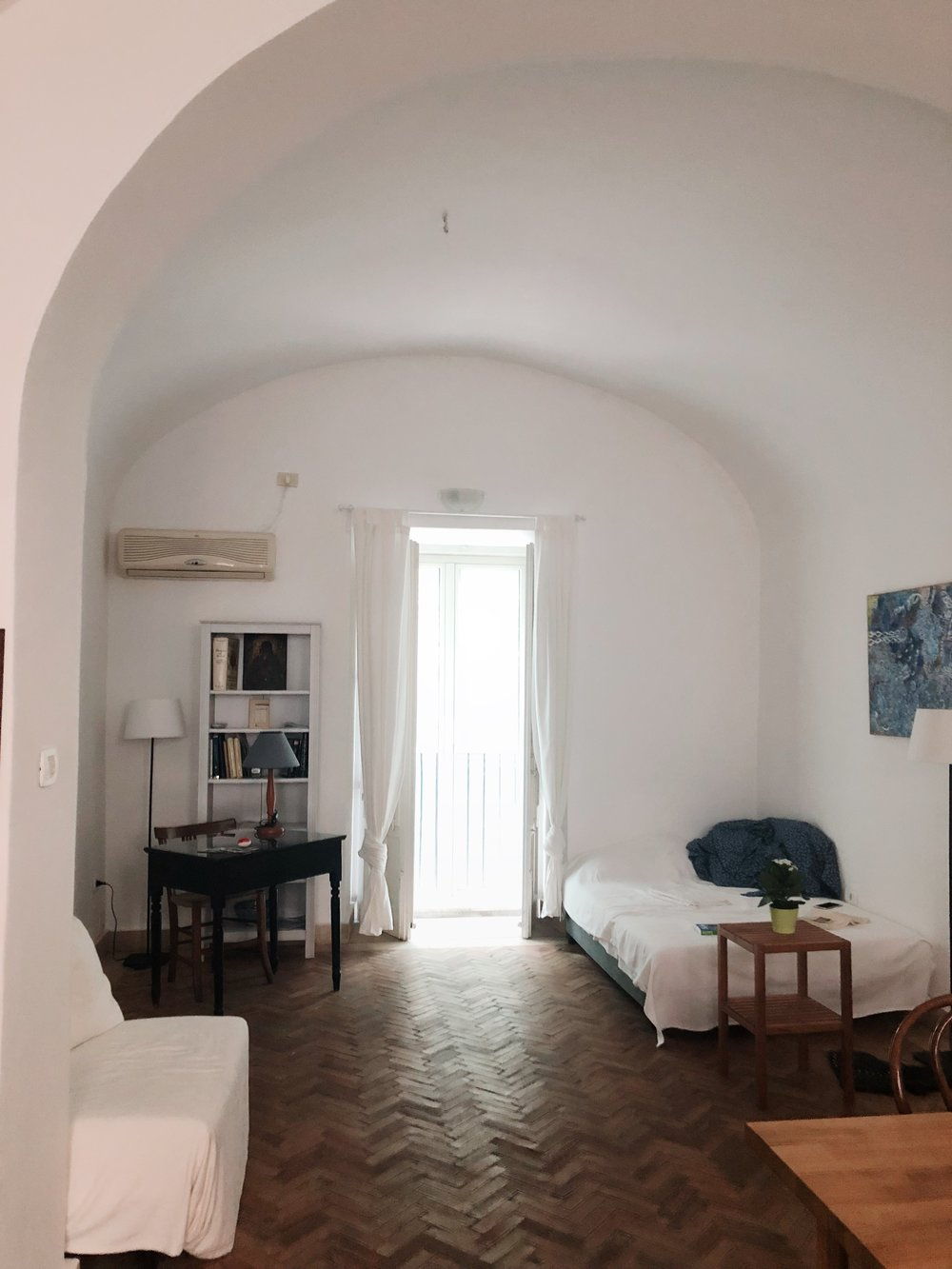 catania apartment.JPG